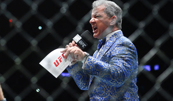 UFC 217, Bruce Buffer in the Modern Smoking Jacket